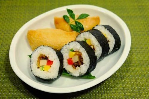 フルマラソン前日に食べるもの 巻き寿司